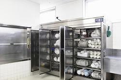 業務用厨房機器の仕様説明