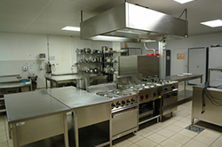 業務用厨房機器の設置